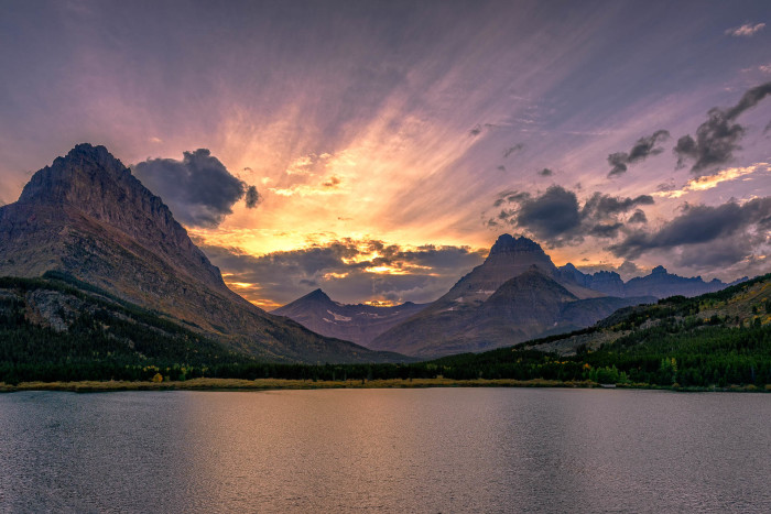 6. Montana will ruin you for other sunsets.