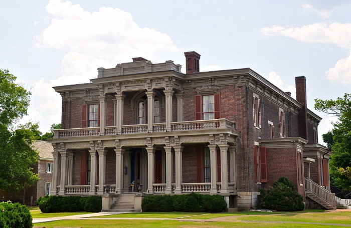 Two Rivers Mansion - 3130 McGavock Pike, Nashville