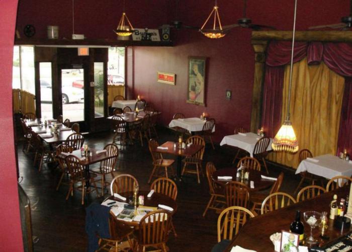 4. Tavern On the Plaza (Coffeyville)