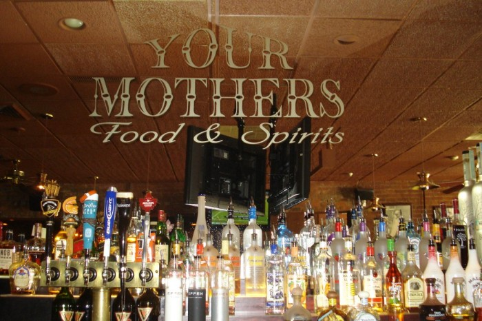 5) Your Mother's Food and Spirits, Mount Clemens