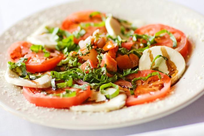 alodias-cucina-italiana-irmo-salad