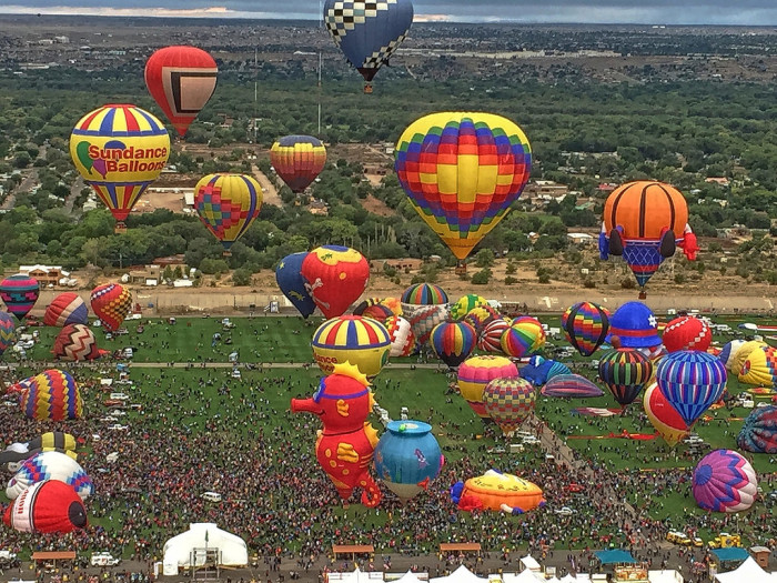 13. New Mexicans are fascinated by the skies and space. The annual Albuquerque International Balloon Fiesta is the biggest ballooning event on the planet.