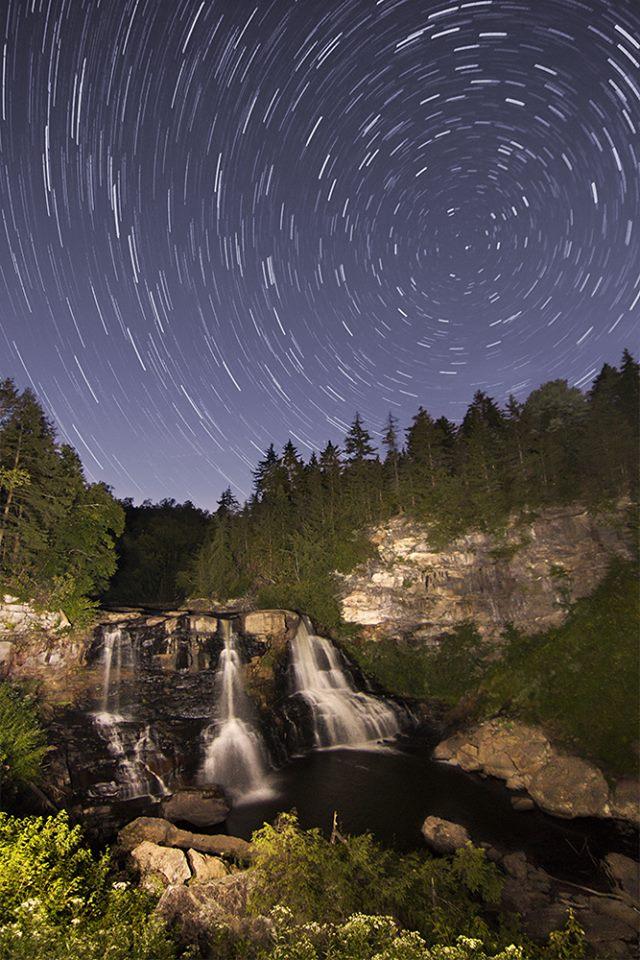 9. Look at this cool photo of the stars at Blackwater Falls.
