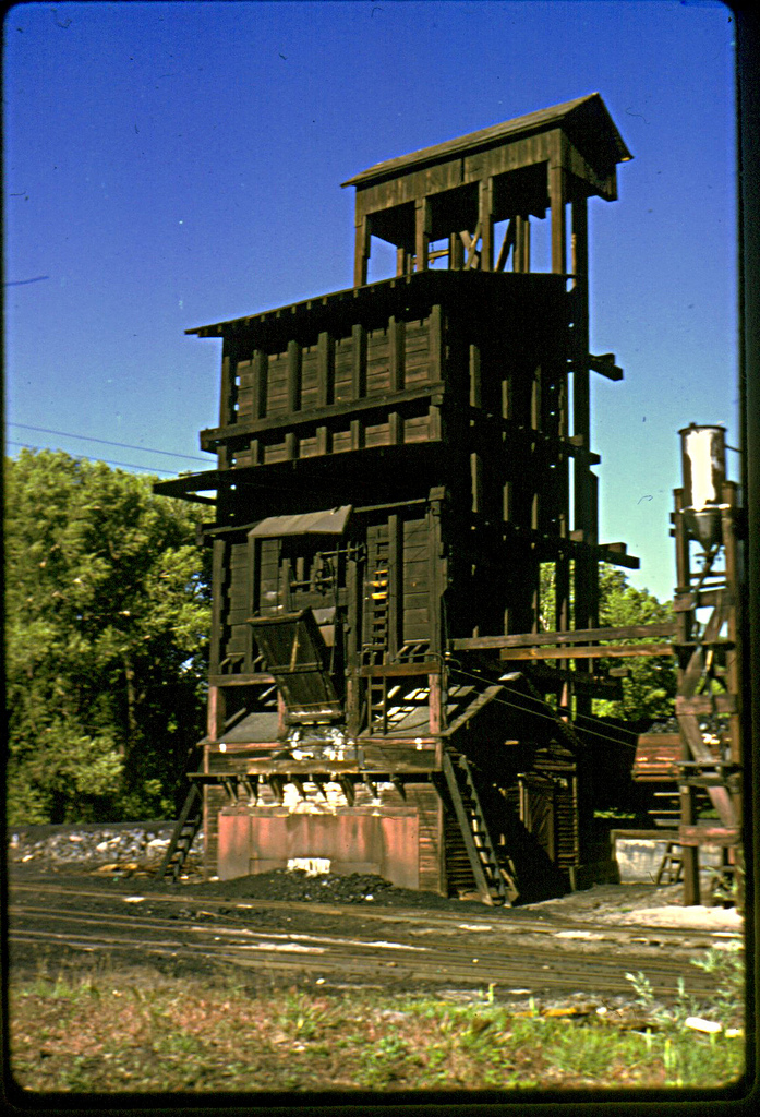 4. A coal tower, also in Chama.