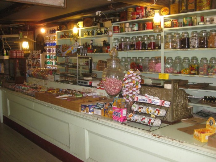 The Best New Hampshire Candy Shops