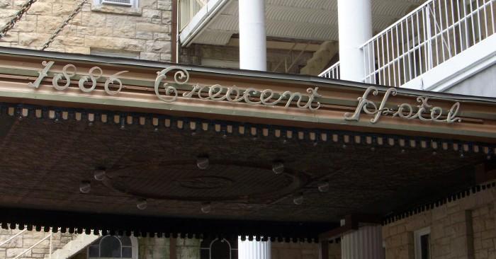 crescent6