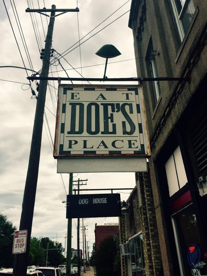 4. Doe's Eat Place
