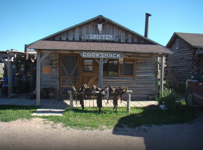 Drifter Cookshack, Crawford