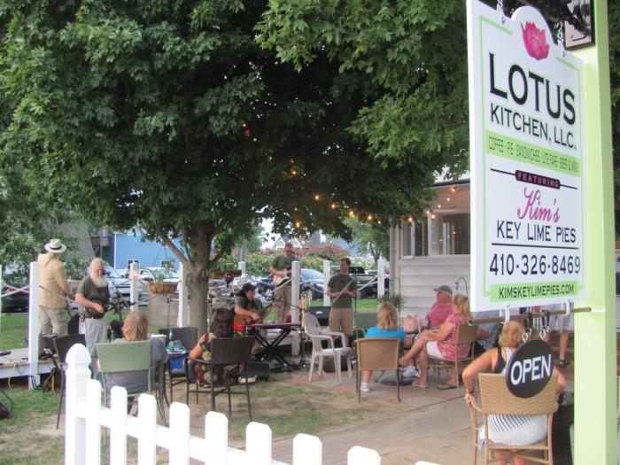 10) Kim's Key Lime Pie & Lotus Kitchen, Solomons