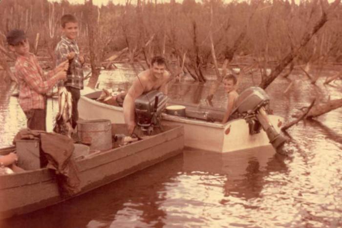 10. This fishing trip on Lake Wateree in South Carolina in 1956 looks like fun!