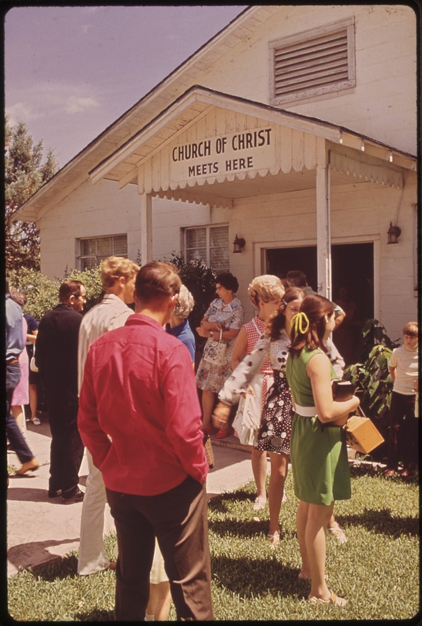 4. A group of churchgoers on a Sunday afternoon. (Leakey, 1972)