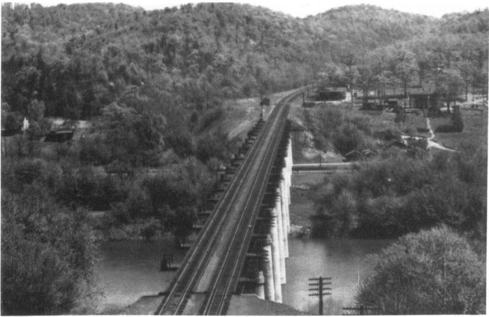 14. This is the Magnolia Cutoff Bridge crossing the Potomac River near Magnolia (Morgan County).