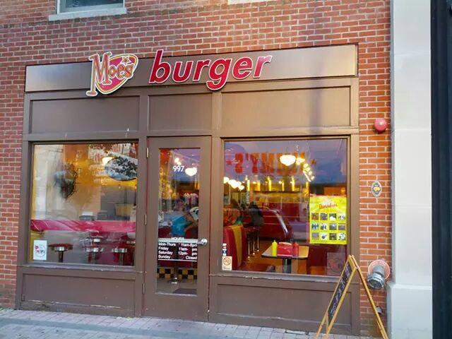15 Best Burger Joints In Connecticut