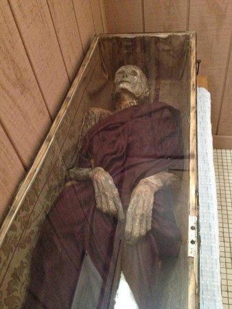 2. Mummies!
