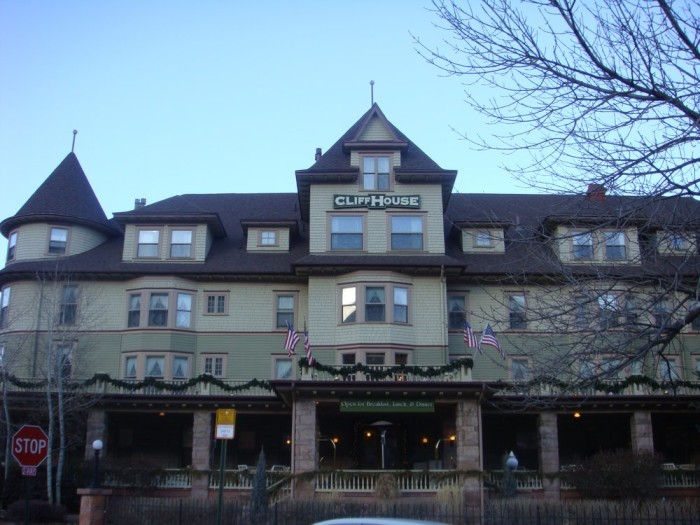 5. The Cliff House at Pikes Peak (Manitou Springs)