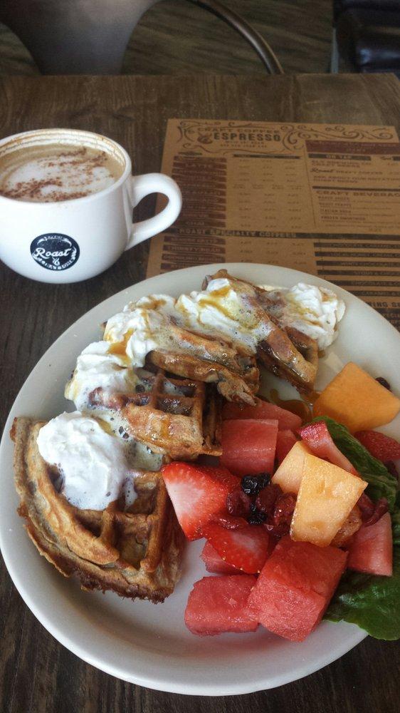 Breakfast: Roast Cafe (420 San Juan Ave, Alamosa, CO 81101)