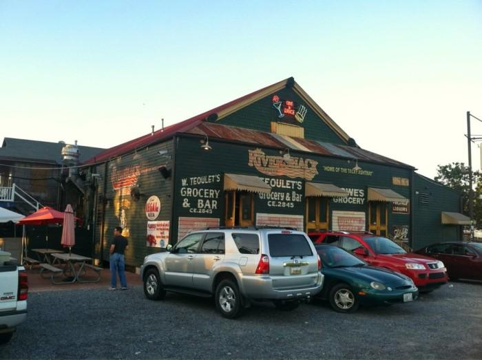 8. Rivershack Tavern, Jefferson, LA