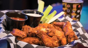 These 10 Restaurants Serve The Best Wings In Oklahoma