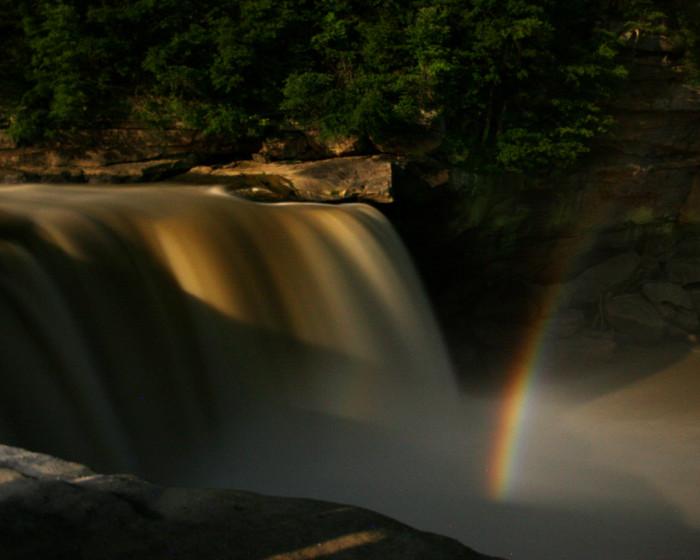 5. Cumberland Falls moonbow