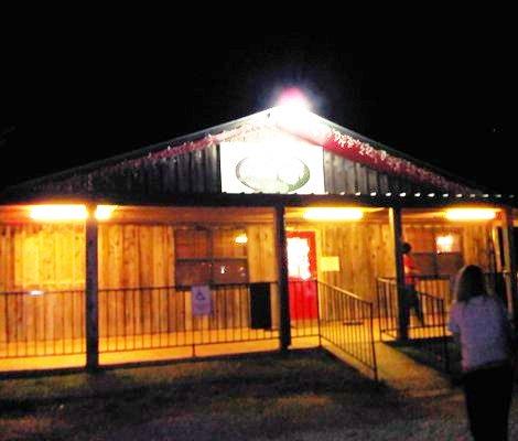 9. Pine Tree Lodge (Beaumont)