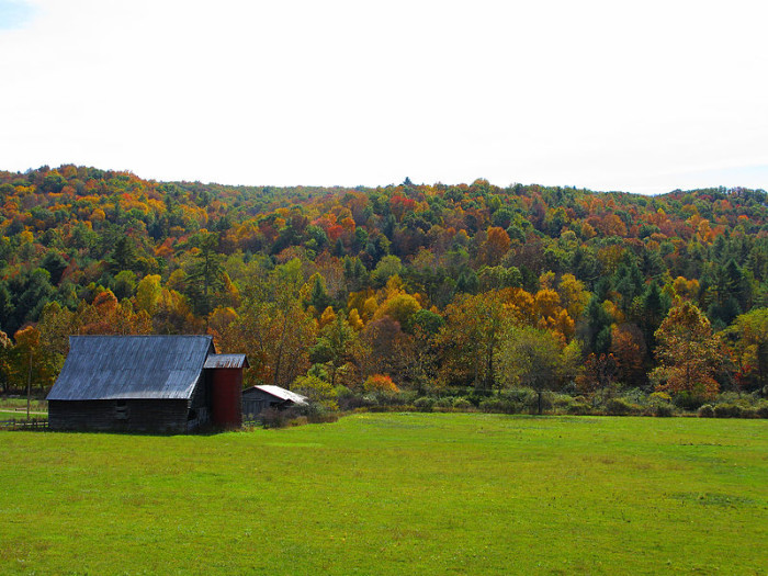 10. This red barn out in the country.