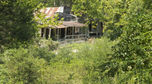 This Creepy Ghost Town In Arkansas Is The Stuff Nightmares Are Made Of