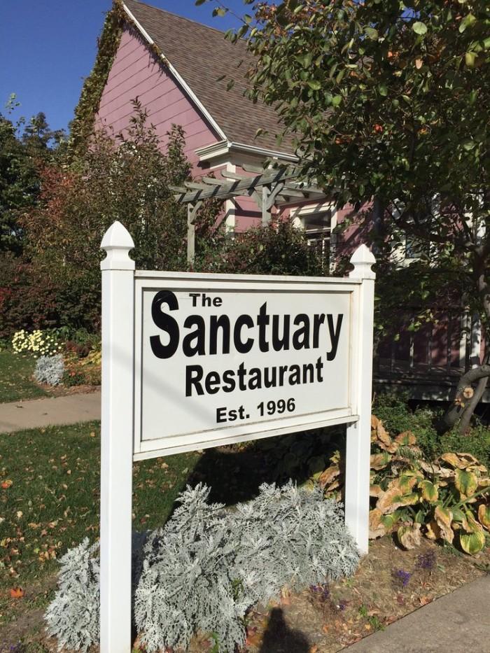 9. The Sanctuary Restaurant, Shenandoah