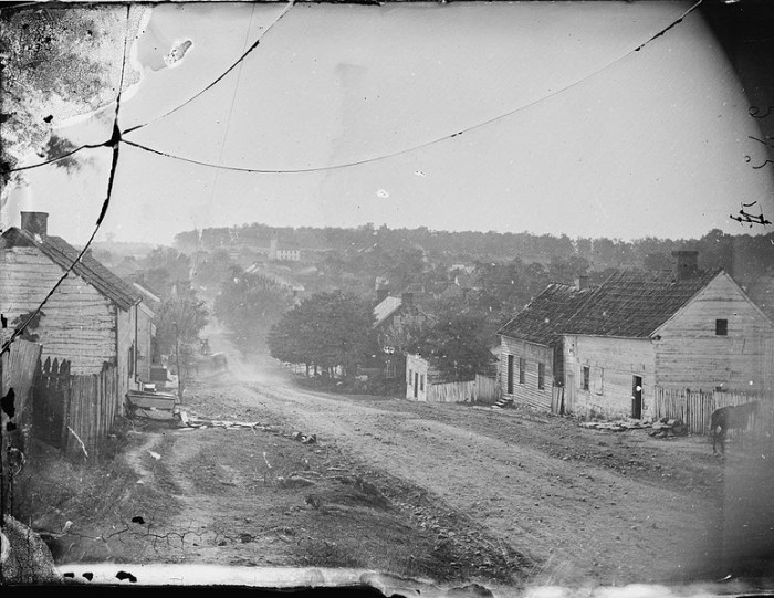 3. Main Street Sharpsburg in 1862.
