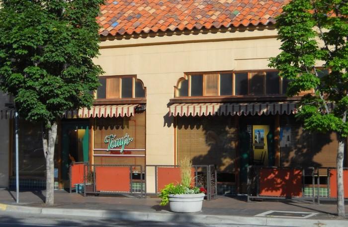 8. Tony's Pizzeria Teatro, Boise