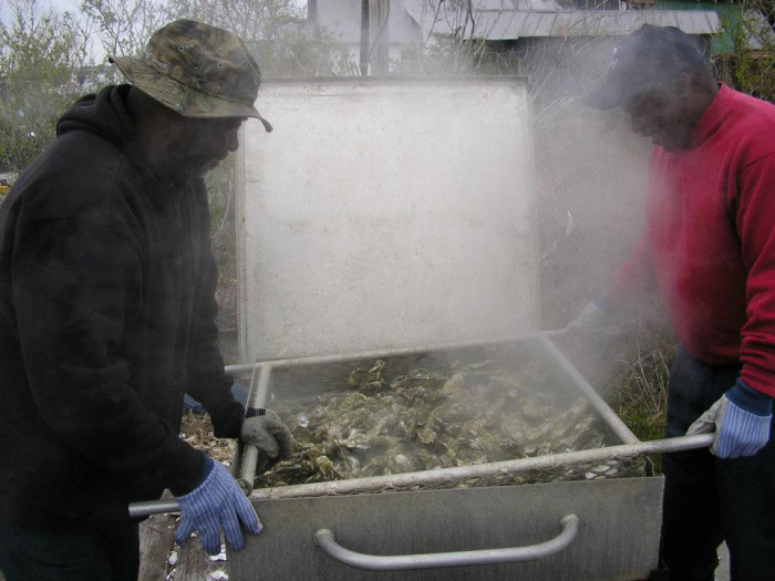 the-wreck-oyster-roast