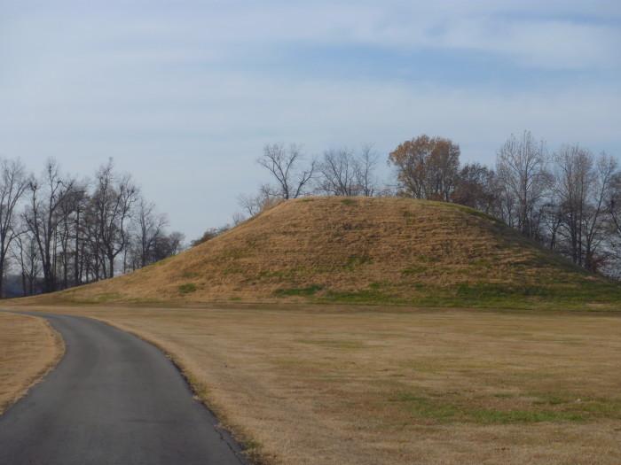 3. Toltec Mounds