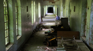 What You'll Find Inside This Abandoned New York Asylum Is Creepy Yet Amazing