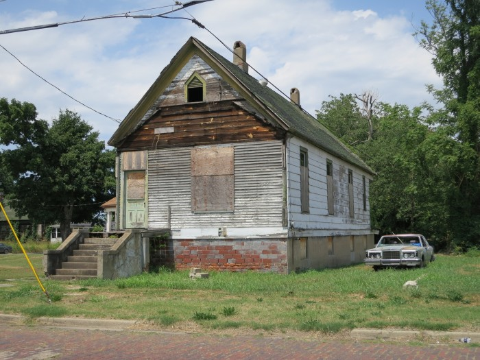 This once was probably a very nice home, and it now just sits vacant.