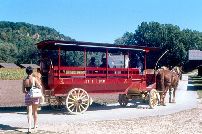 7. Cassville got a visit from an old wagon in 1976.
