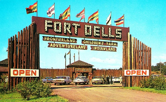 1. Fort Dells was the premier attraction in Wisconsin Dells after the Ducks.