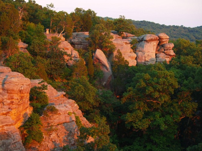 Find Stunning Rock Formations At Illinois 39 Garden Of The Gods