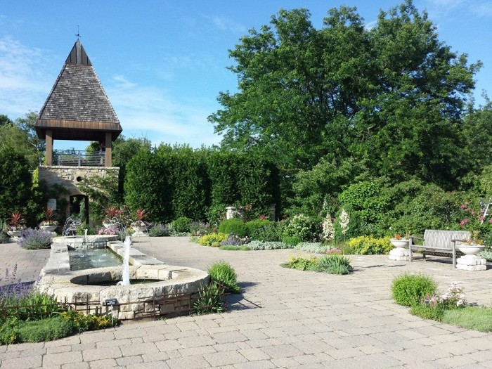 1. Olbrich Botanical Gardens