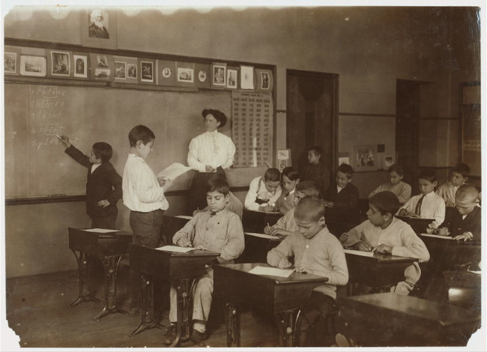 4. Pupils and the teacher of the Steamer Class in the Washington School, Boston. (1909)