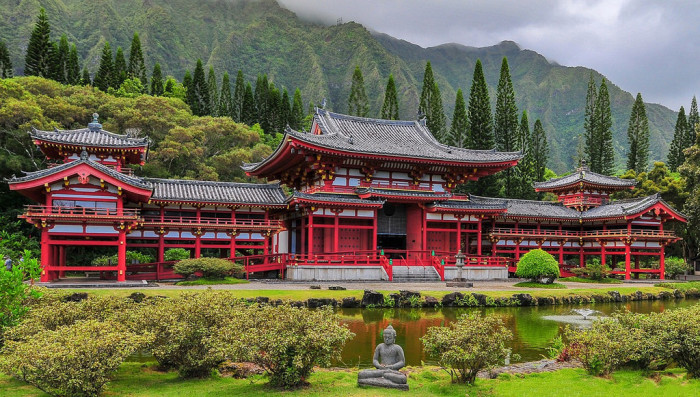 20. Byodo-In Temple in the Ko'olau Mountains, Hawaii.