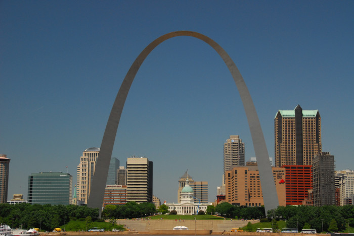 1.St. Louis Gateway Arch