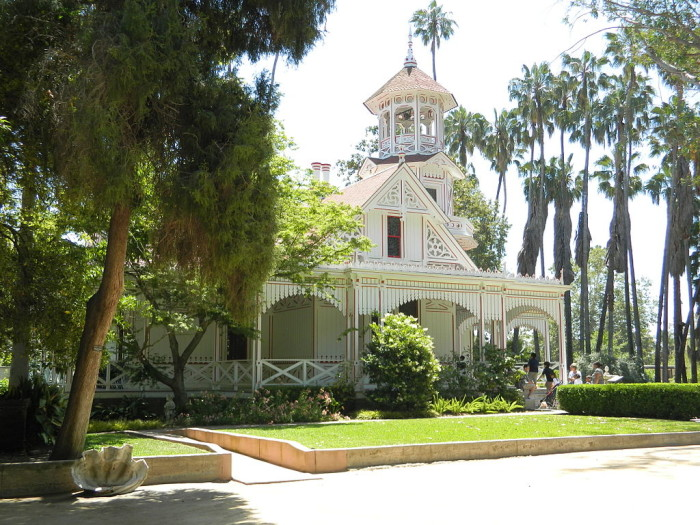 1. Queen Anne Cottage in Arcadia