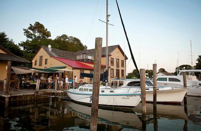 Incredible Waterfront Restaurants In Virginia