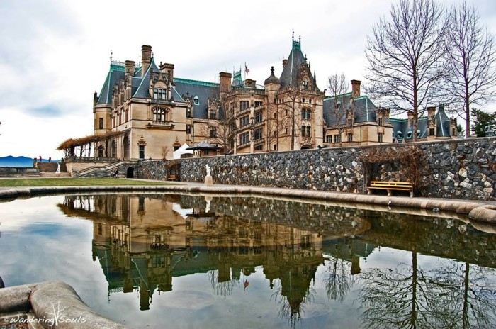 12. Spend the day at the gorgeous Biltmore Estate.