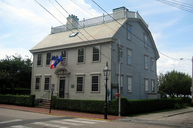8. Hunter House: This lesser-known property is also owned by the Newport Preservation Society and is a powerful example of Georgian Colonial style architecture.