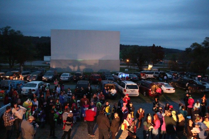 2. Hull's Drive-In