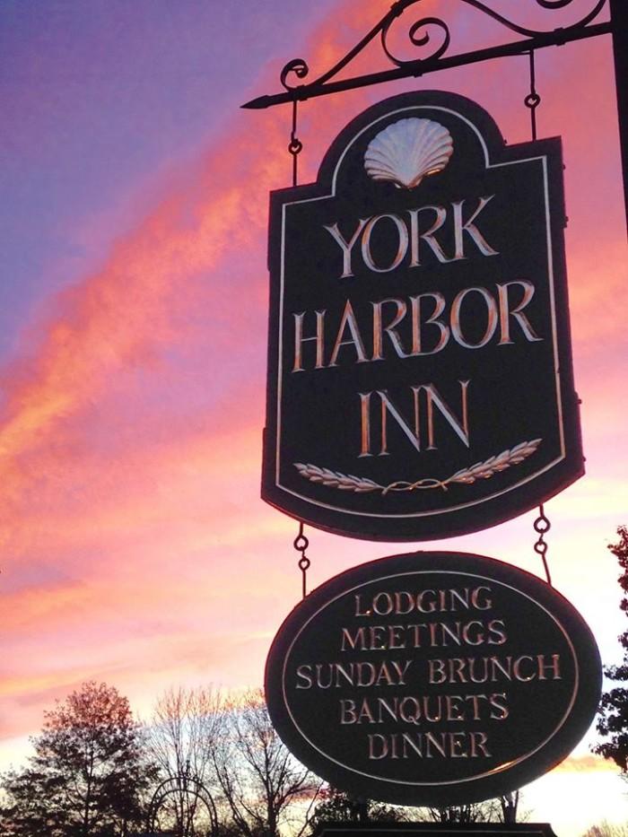 7. 1637 at York Harbor Inn, York Harbor