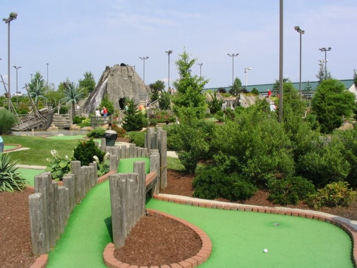 13. Mulligan's Island Golf and Entertainment, Cranston