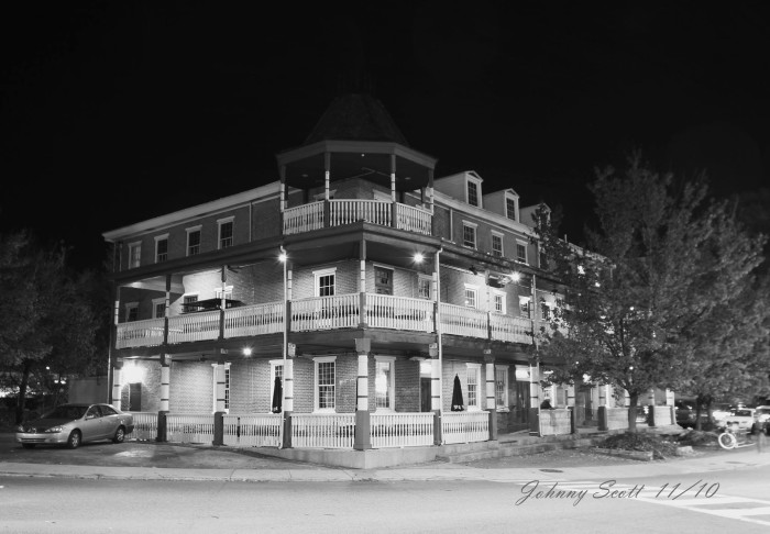 12. The Deer Park Tavern in Newark, lit by the porch lights