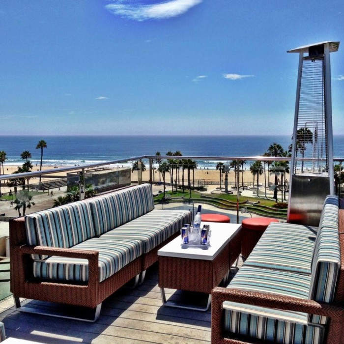 8. High Rooftop Lounge in Venice Beach atop the Hotel Erwin