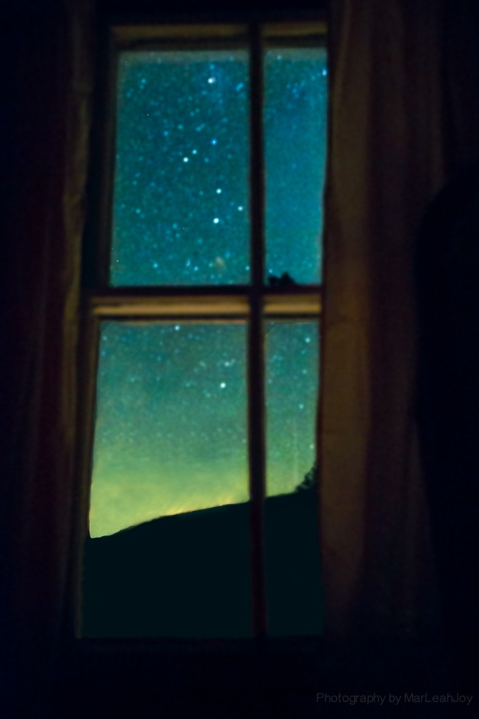 9. Stars out the window